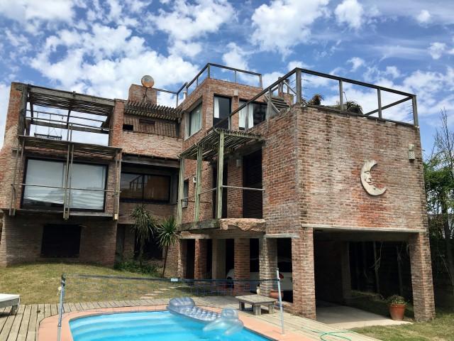 Elio Desplayado Inmobiliaria La Pedrera12